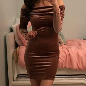 Forever 21 Dresses - Long sleeve dress